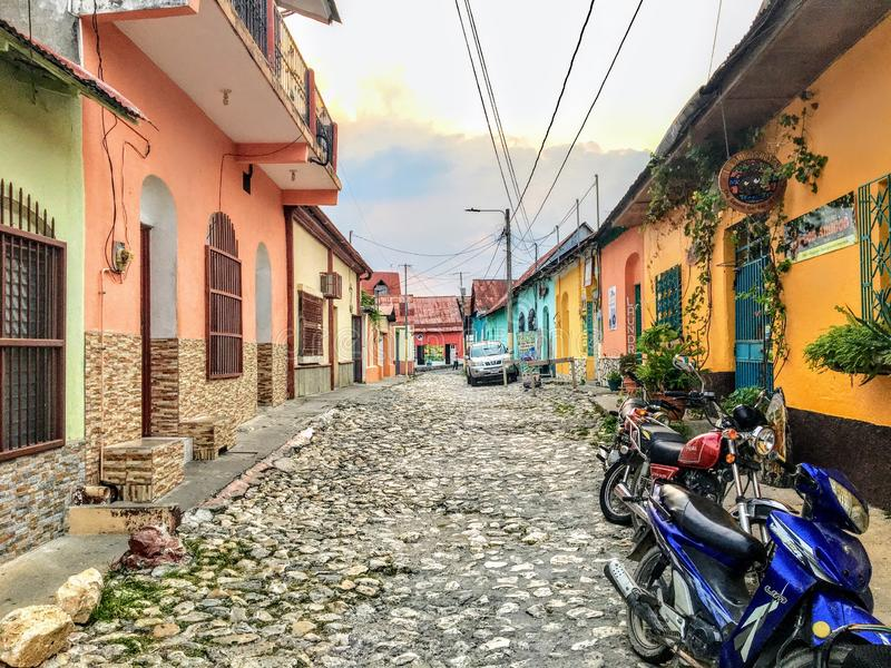 The quiet narrow cobbled streets of the small ancient colonial town of Flores, Guatemala royalty free stock photography
