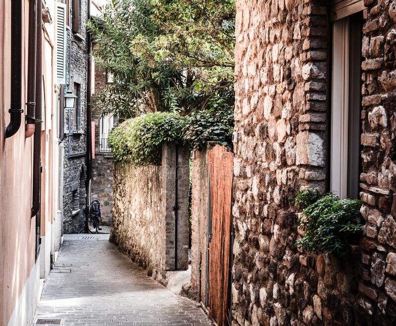 Quiet street in Sirmione, Italy stock images