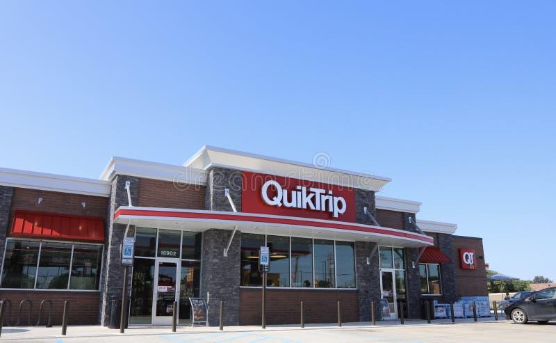 QuikTrip sklep wielobranżowy i zdjęcia stock