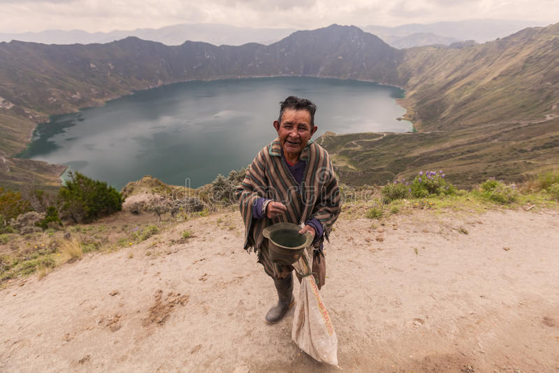 Quilotoa,火山口湖 免版税库存图片