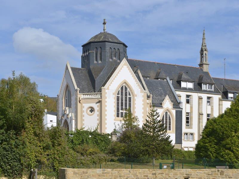 Quimperlé的教堂在法国 免版税库存图片