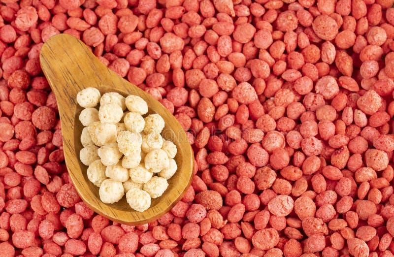 Quinoa bianca e Fragola-condita - Chenopodium quinoa Spazio del testo fotografia stock