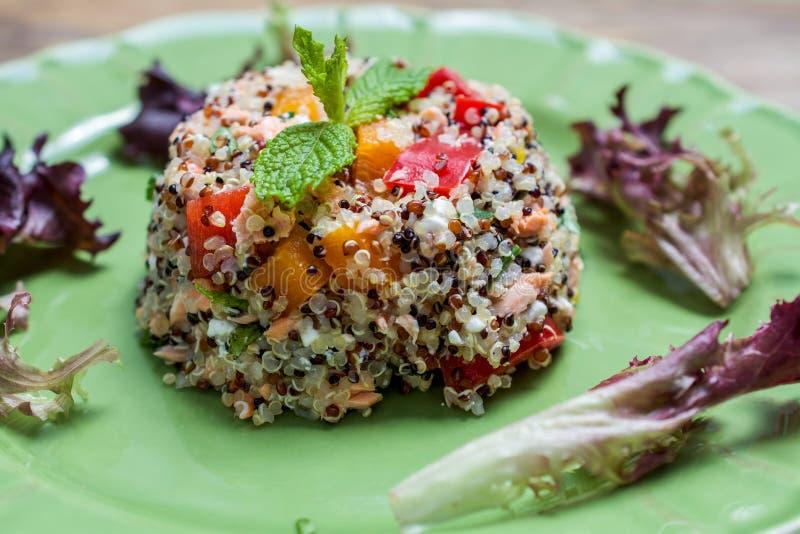 quinoa da Tri cor cozinhado fotografia de stock