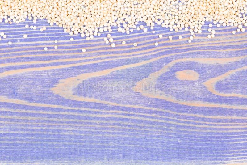 Quinoa ziarna jako źródło zdrowe witaminy, kopii przestrzeń dla teksta obrazy royalty free