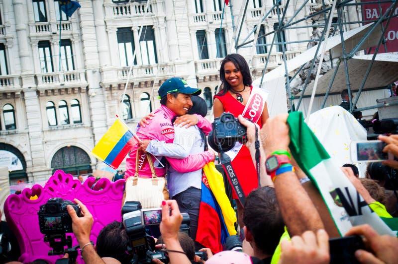 Quintana die van fietsernairo zijn het winnen van de reis van Italië, Triëst, Italië, 2014 vieren royalty-vrije stock fotografie