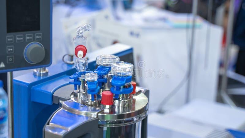?quipement de laboratoire de tubes ? essai d'exp?rience photographie stock