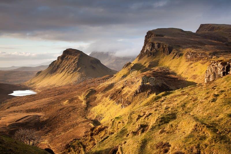 Quiraing auf der Insel von Skye lizenzfreies stockbild