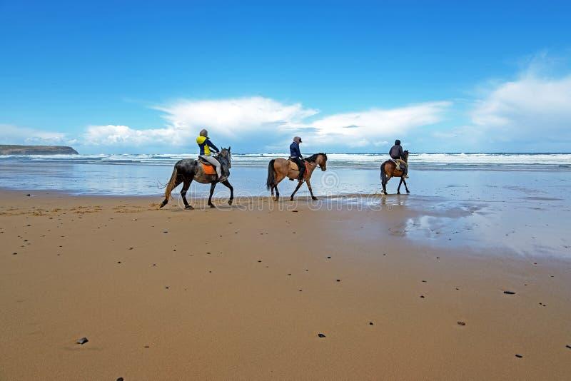?quitation ? la plage de Carapateira dans l'Algarve Portugal image libre de droits