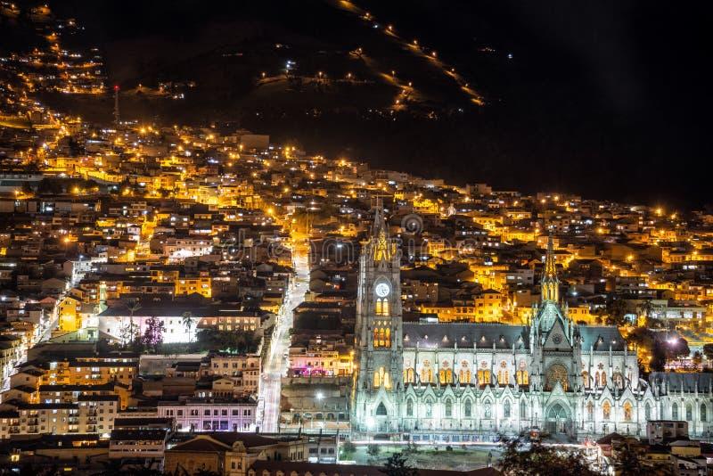 Quito Basilica på natten royaltyfria foton