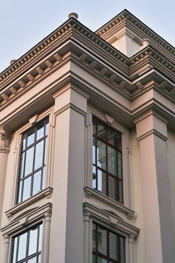 Quoin нового здания стоковая фотография