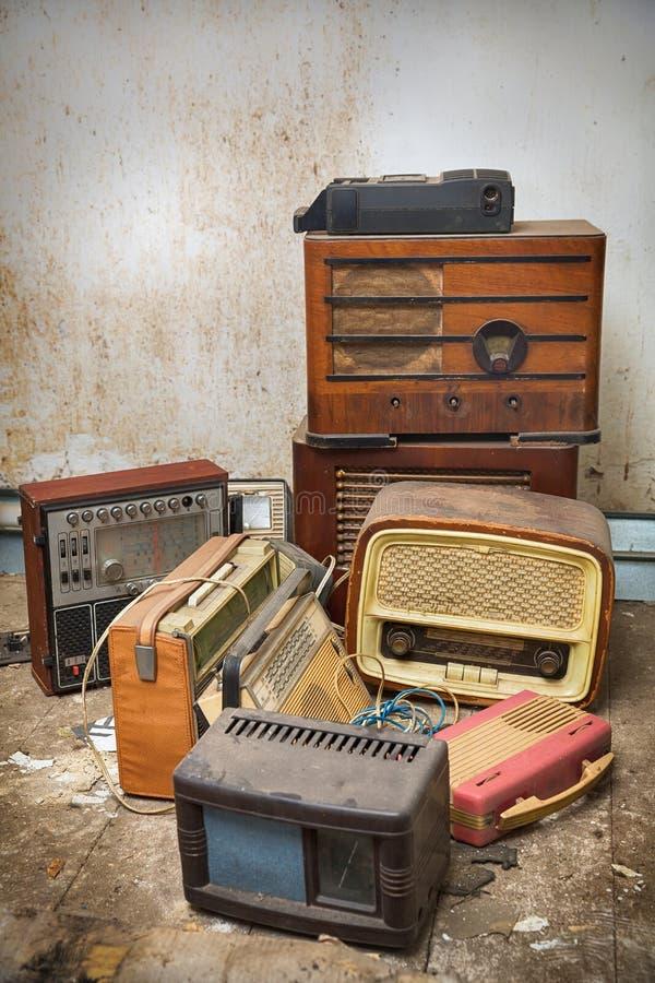 Rádios antigos foto de stock royalty free