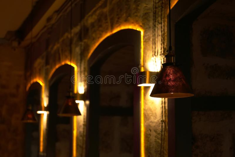 Różne lampy z rozjarzonymi żarówkami obraz royalty free