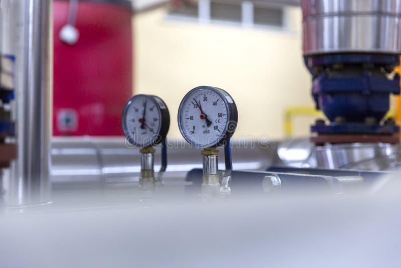 Różni typy klapy i wskaźniki w przemysle paliwowym obrazy stock
