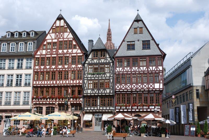 Römer Frankfurt på flodRhen royaltyfri bild