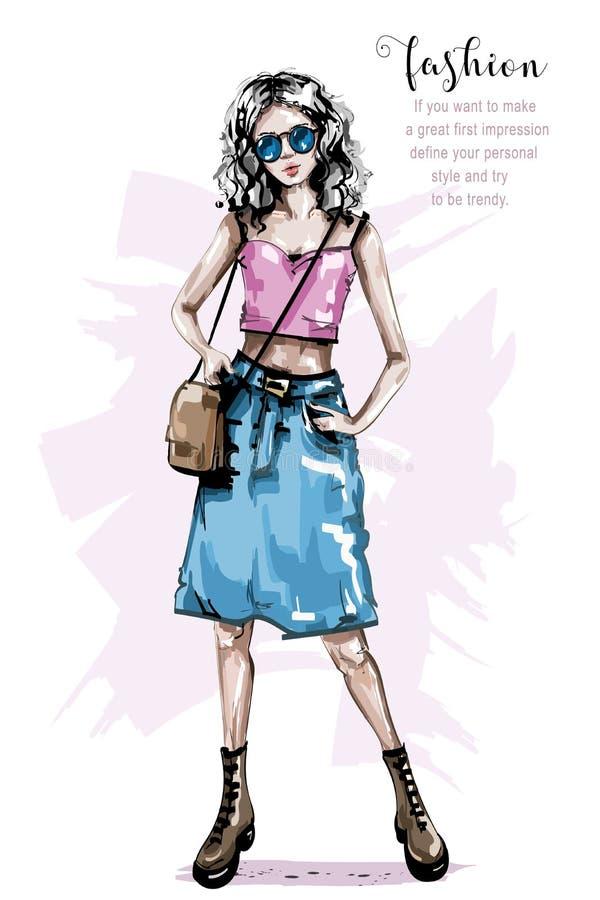Ręka rysująca piękna młoda kobieta z torbą Elegancka dziewczyna w cajg spódnicie Mody kobiety spojrzenie ilustracji
