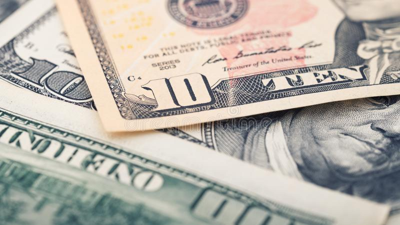 Räkning för dollar för pengar tjugo för Closeup amerikansk Alexander Hamilton stående, USA makro för 10 dollar sedelfragment fotografering för bildbyråer