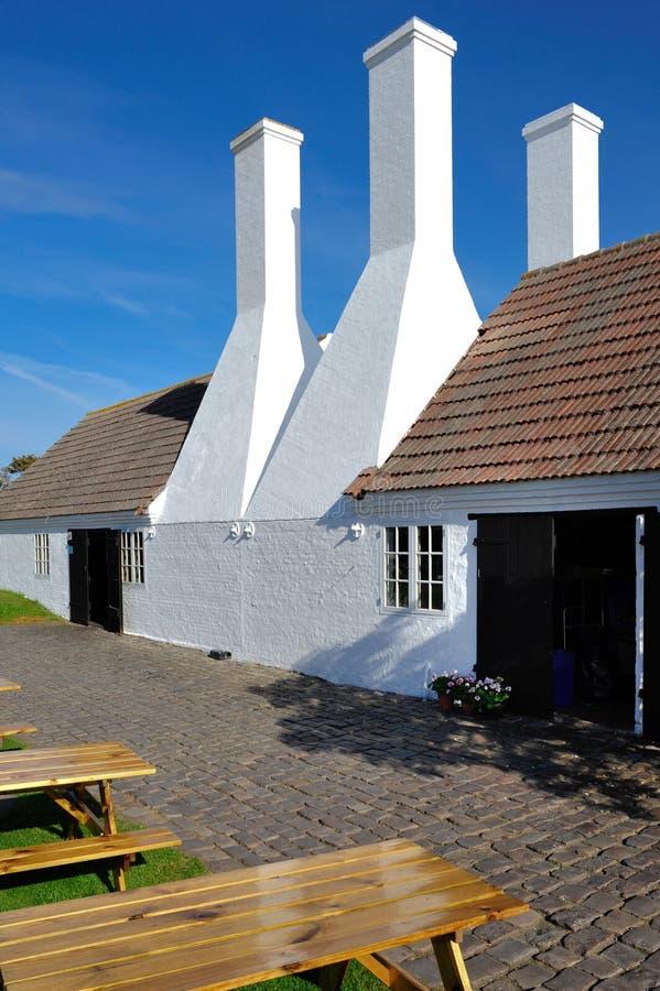 Räucherhaus auf Bornholm-Insel lizenzfreie stockfotos