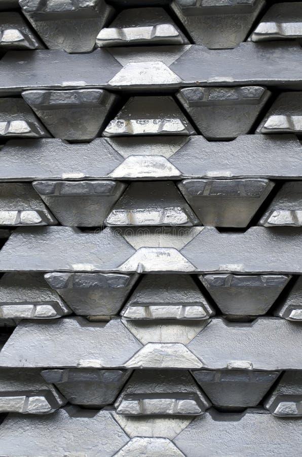 rå aluminum tackor royaltyfria foton