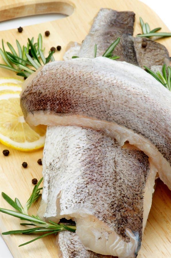 Rå fisk arkivfoton