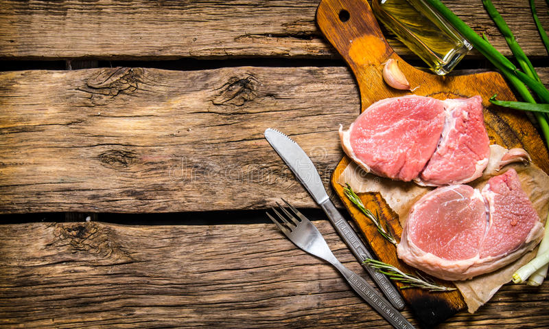 rått meatstycke arkivfoto