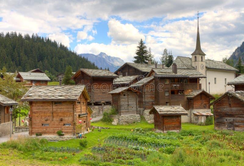 Règlement alpestre suisse Blatten photographie stock