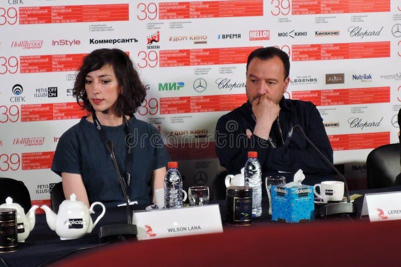 Réalisateur Lana Wilson Etats-Unis au trente-neuvième festival de film international de Moscou image stock