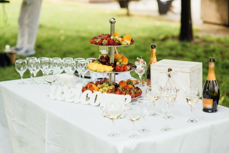 Réception de mariage avant le ceremonyr de sortie photos stock