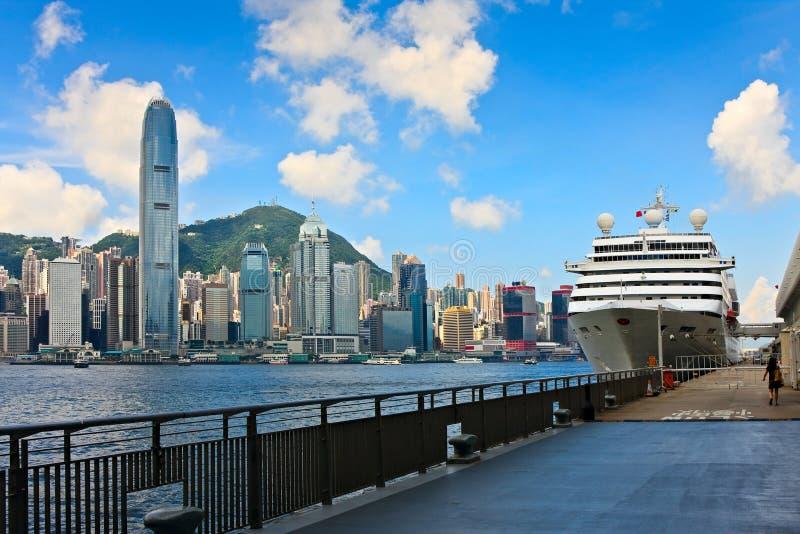 Récipient sur le terminal de mer de Hong Kong image stock