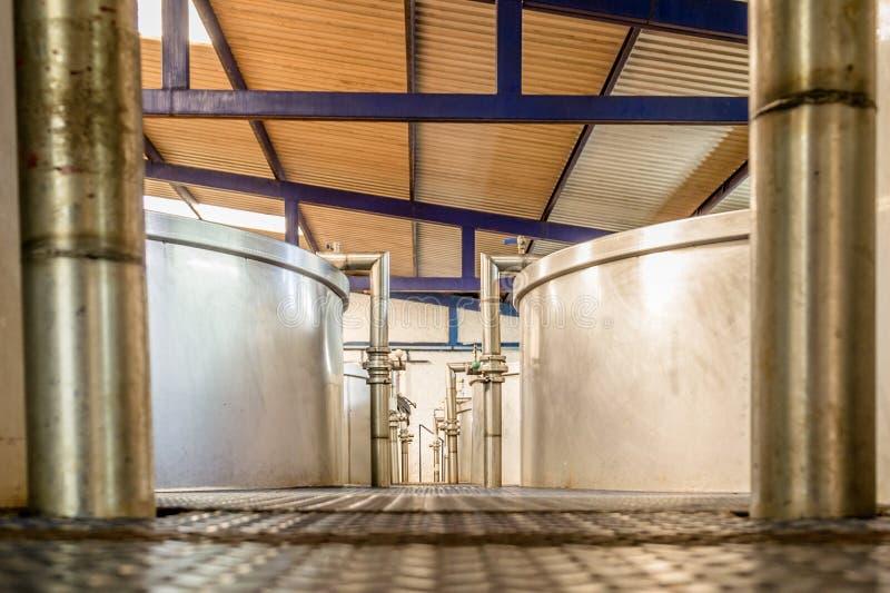 Récipients de fermentation images stock