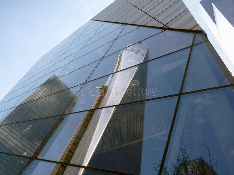 Réflexion d'un World Trade Center image libre de droits