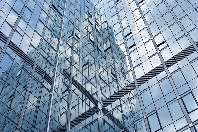 Réflexion de fenêtres de gratte-ciel photos libres de droits