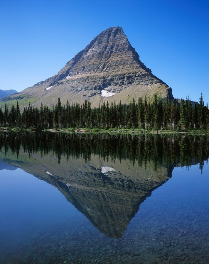 Réflexion de lac mountain photo stock