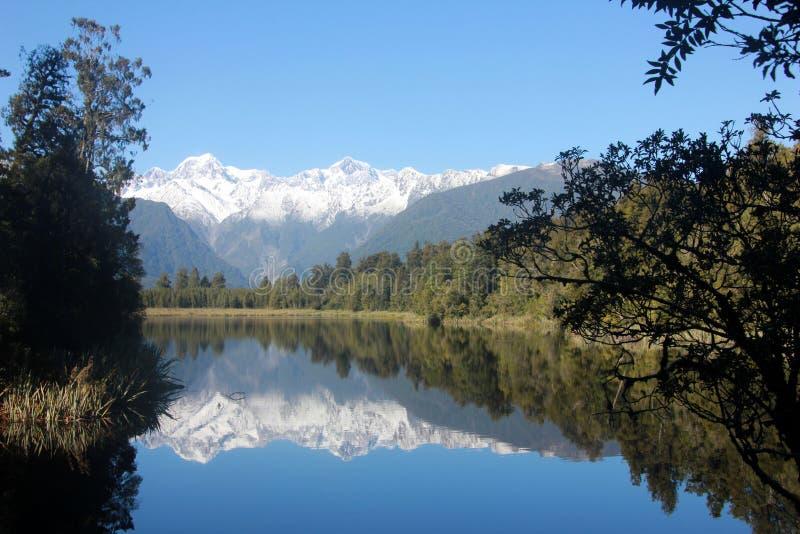 Réflexion 9314 de vue de lac photographie stock