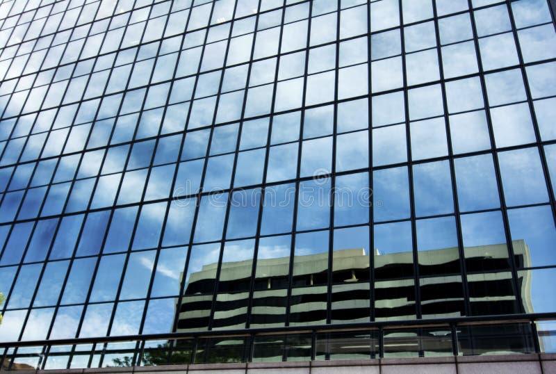 Réflexion urbaine image libre de droits
