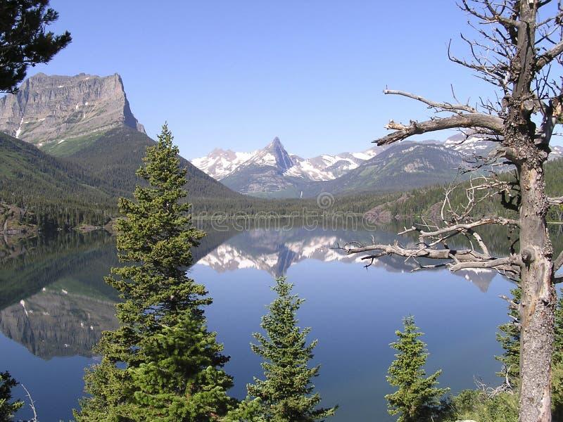 Réflexions 2 de crêtes de glaciers photo libre de droits