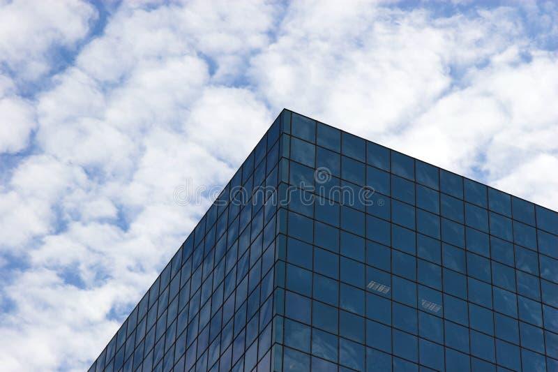 Download Réflexions photo stock. Image du gratte, réflexions, hublot - 741828