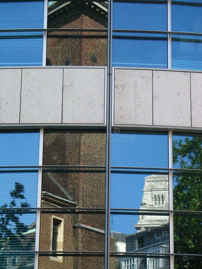 Réflexions de Londres image stock