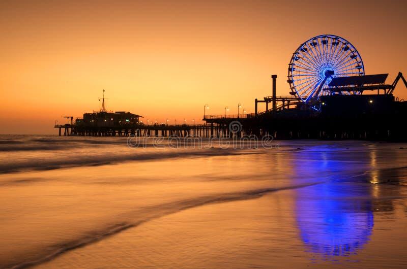 Réflexions de pilier de Santa Monica photo stock