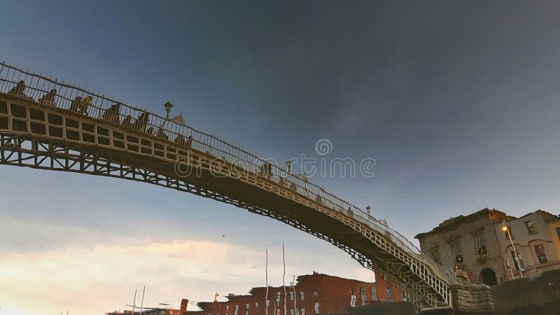 Réflexions de ville de Dublin photos stock