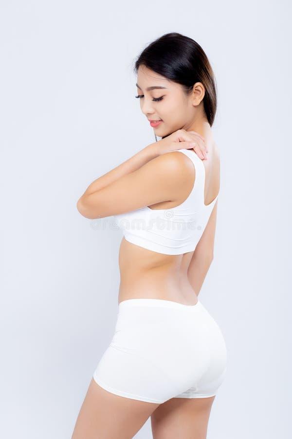 R?gime de sourire de corps de jeune femme asiatique de portrait beau avec l'ajustement d'isolement sur le fond blanc, poids mod?l image stock