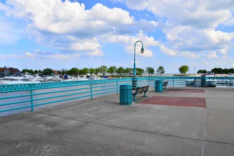 Région de visionnement dans le port de Racine le Wisconsin images libres de droits