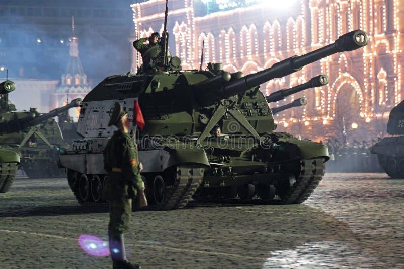Répétition de nuit de défilé d'une victoire photo libre de droits
