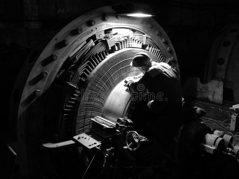 Réparation d'un collecteur de moteur de C.C de puissance élevée photos libres de droits