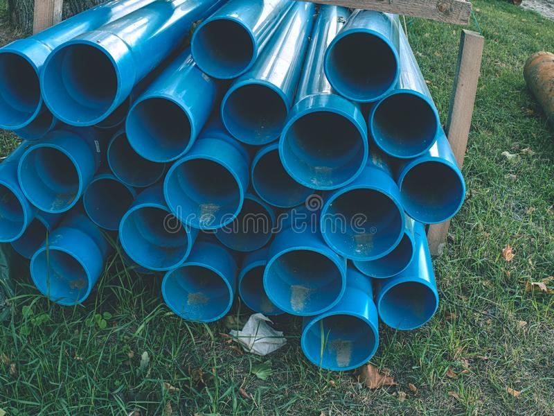 Réparation de l'interruption d'approvisionnement en eau Accomplissez l'échange photo libre de droits
