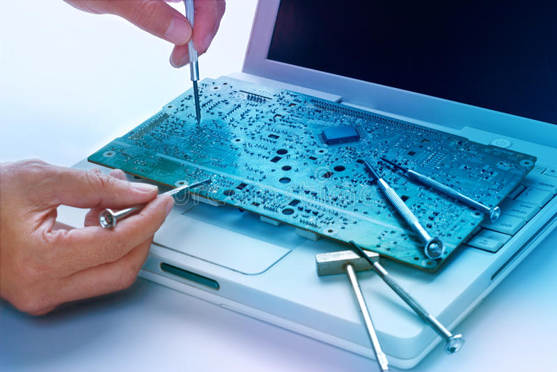 Réparations électroniques colorées de conseil et d'outils, concept vibrant images libres de droits