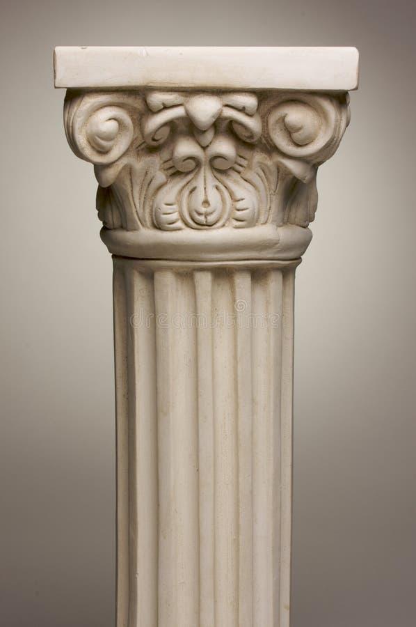 Réplica antiga da coluna da coluna foto de stock royalty free