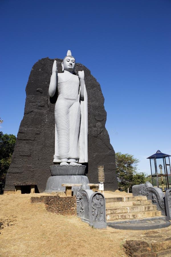 Réplica de Aukana Buddha, Sri Lanka imagens de stock