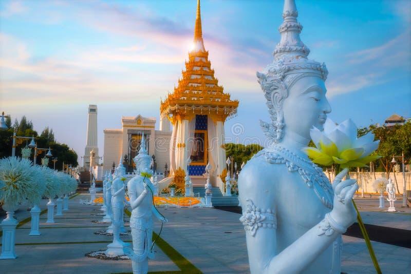 A réplica do crematório real de seu rei atrasado Bhumibol Adulyadej da majestade construído para o funeral real no rei Rama Eu Pa imagem de stock