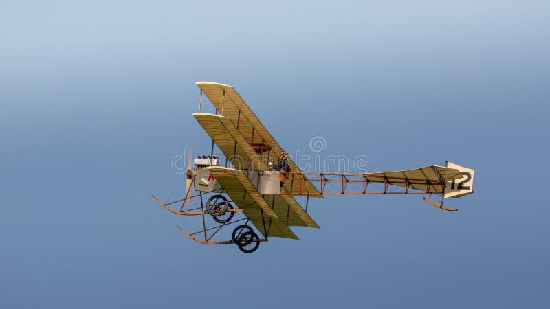 Réplica 1910 do Triplane de Avro fotografia de stock royalty free