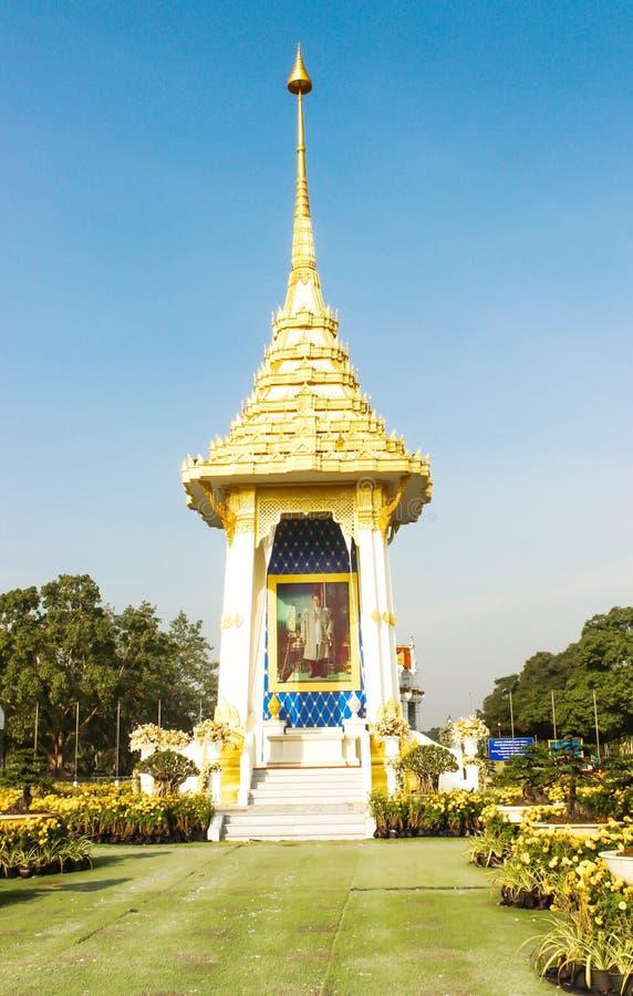 A réplica real do crematório na Buda Monthon, para a cerimônia real da cremação imagens de stock royalty free